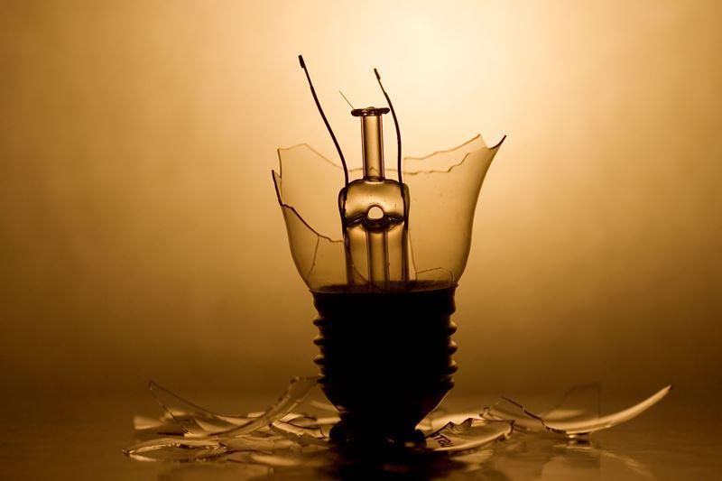 broken-bulb2